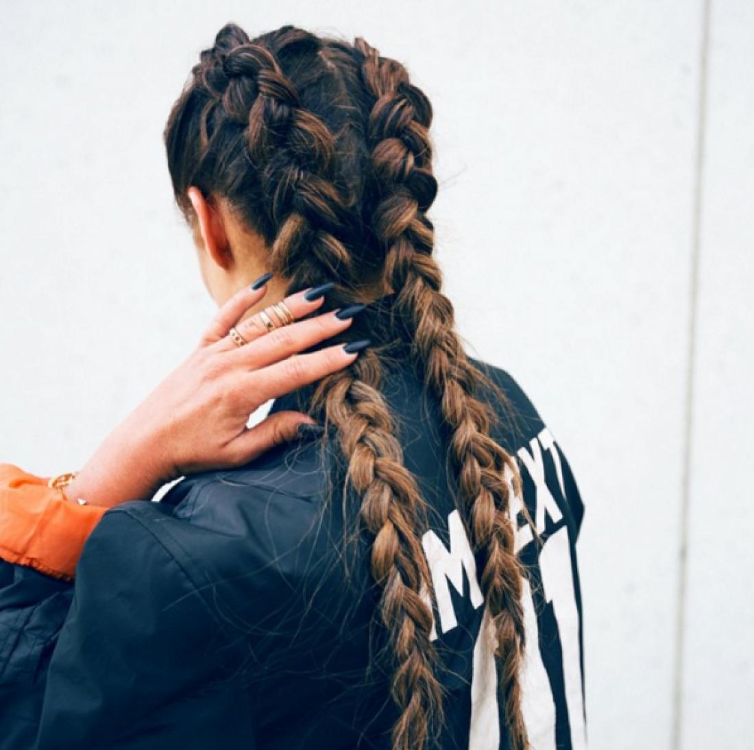 Две косы по бокам: 6 пошаговых причесок (фото) - m