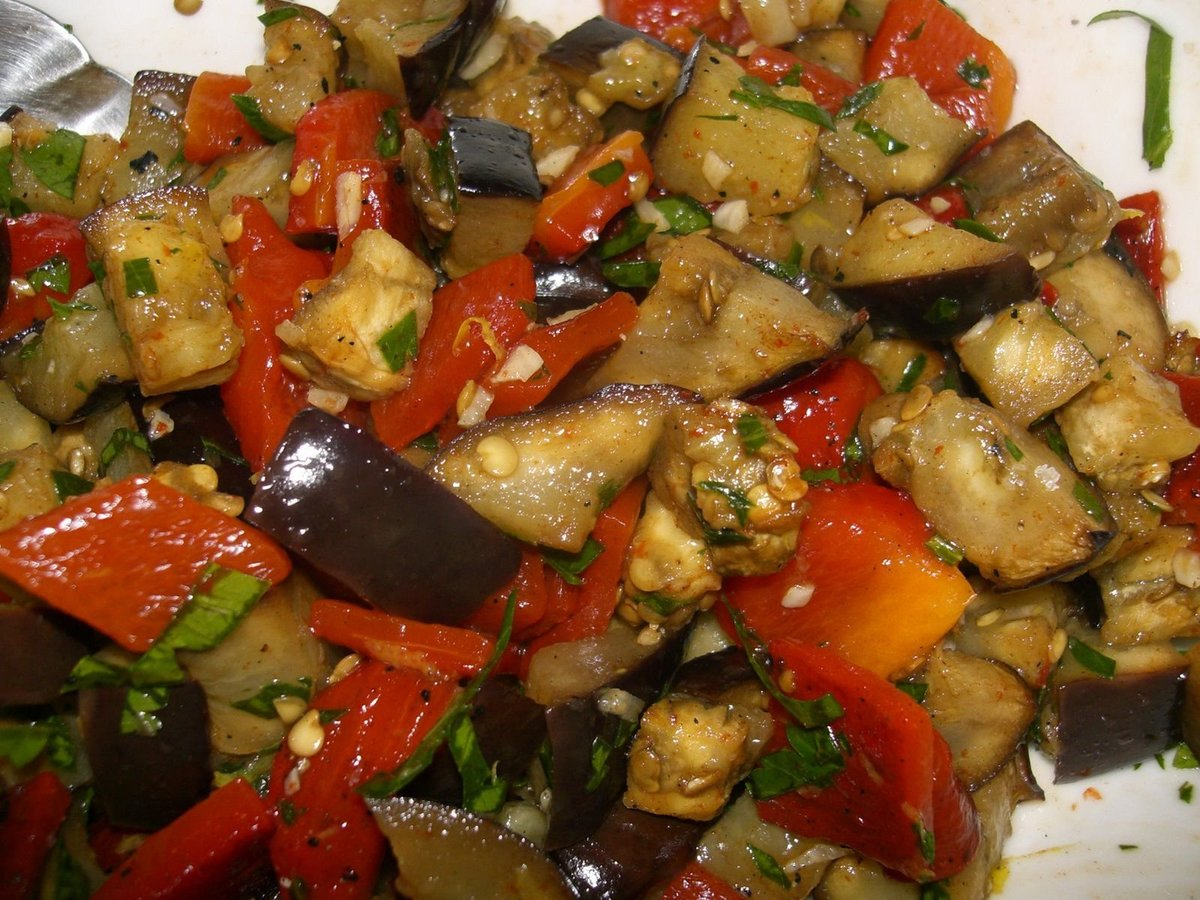 Блюда из жареных баклажанов рецепты