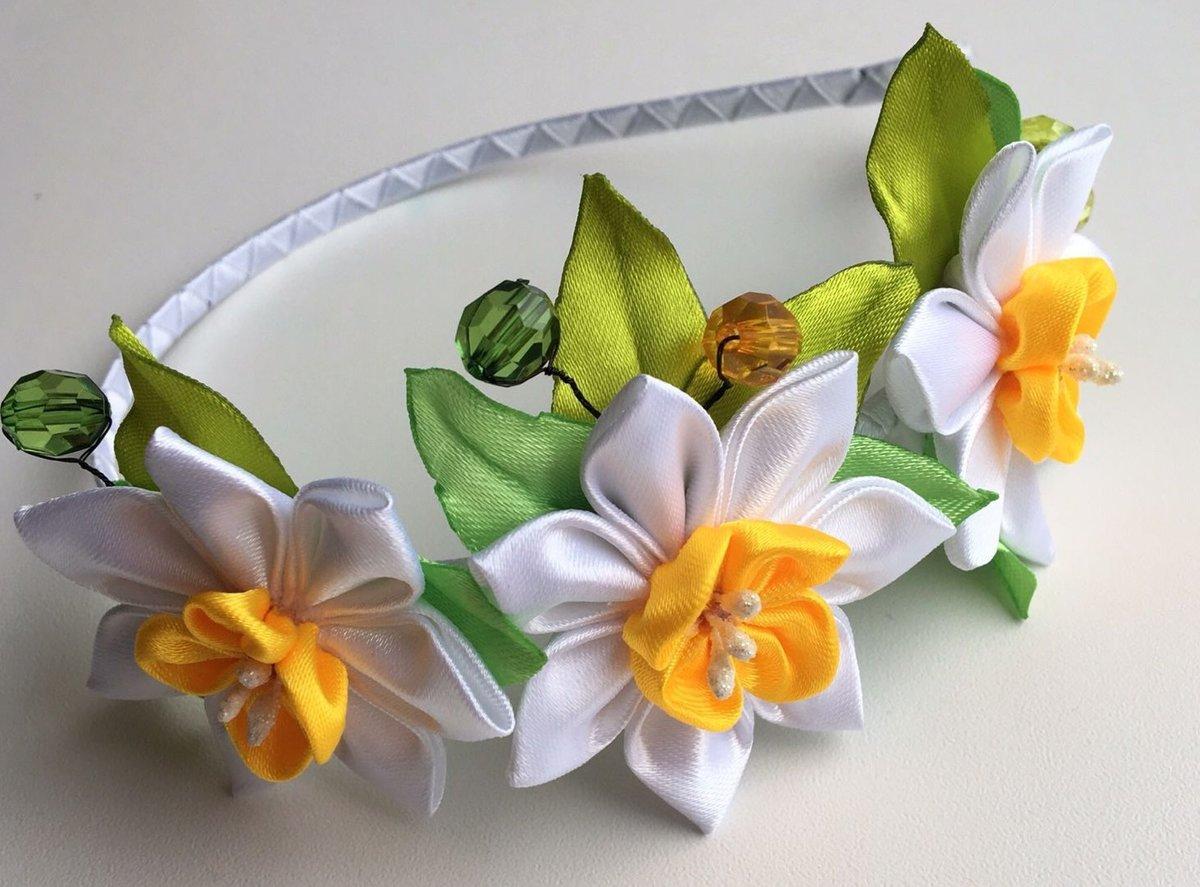 Весенние цветы из лент своими руками мастер
