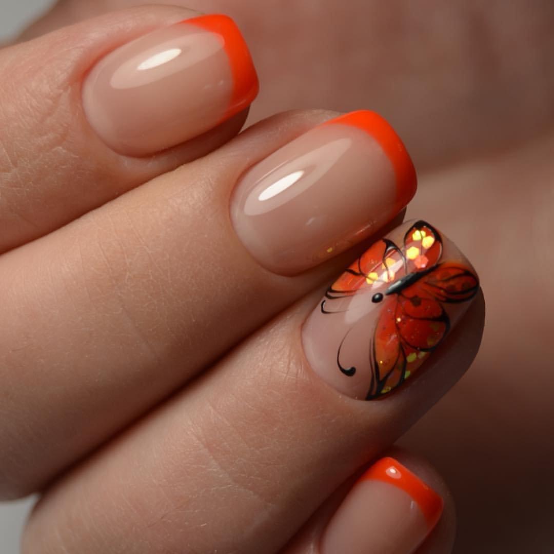 Маникюр на короткие ногти 2017 с бабочками