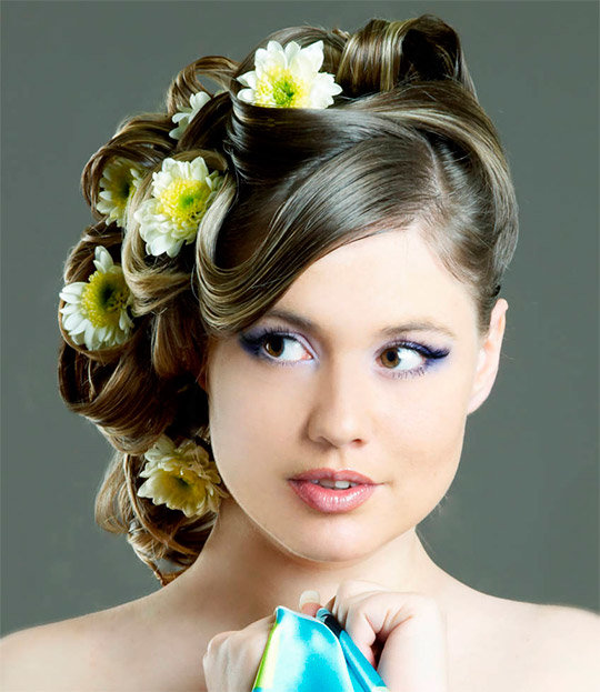 Свадебные прически на средние волосы с орхидеями