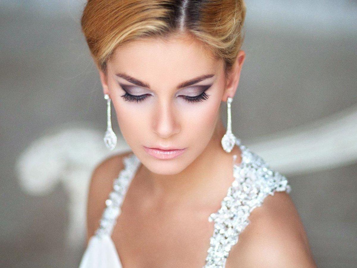 Макияж на свадьбу фото карие глаза