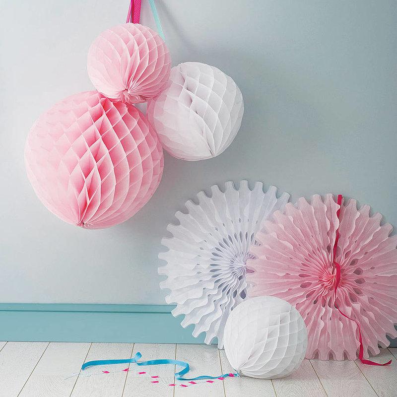 Как сделать бумажные шары соты своими руками