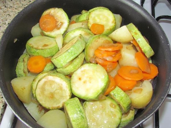 Тушеные кабачки с картошкой рецепт с фото пошагово