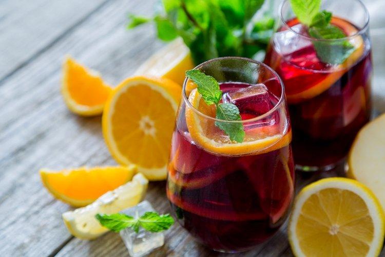 Как сделать сангрию на вине 199