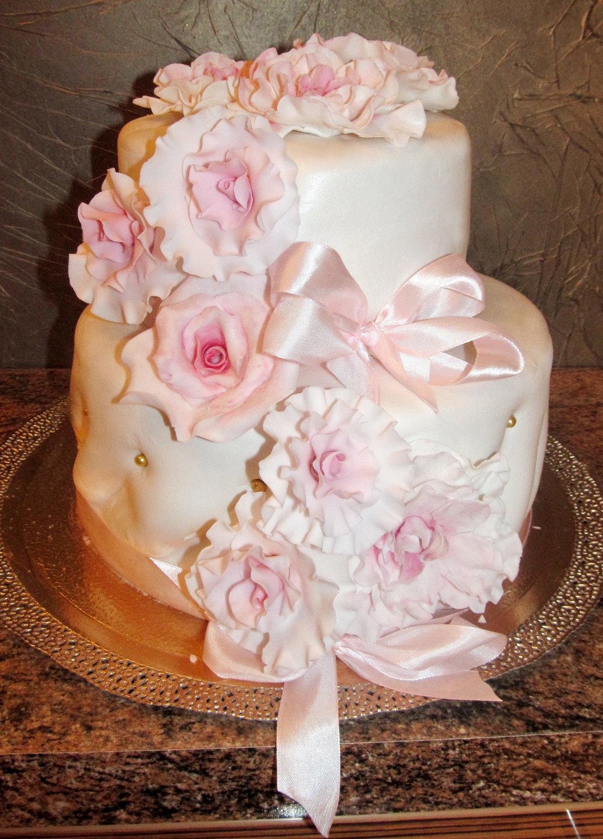 Двухъярусные свадебные торты фото