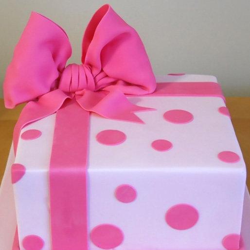 Торт как подарок для девушки