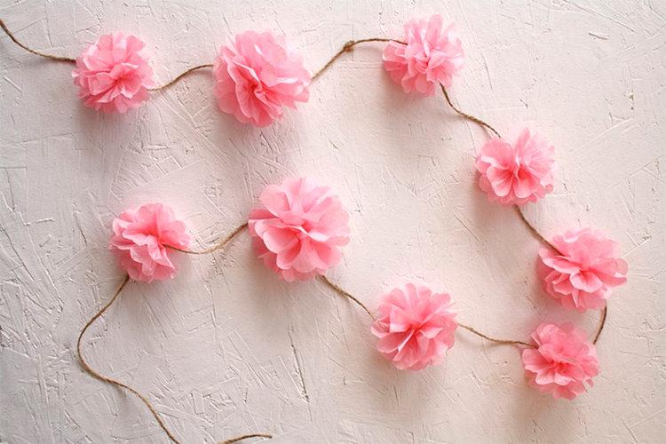 Цветы для гирлянды из гофрированной бумаги своими руками