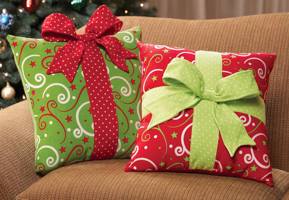 Поздравления с подарками к новому году