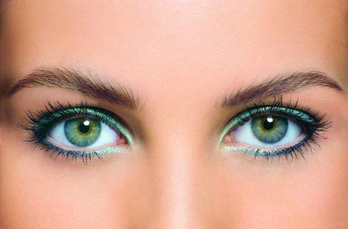 Сине-зеленые глаза макияж