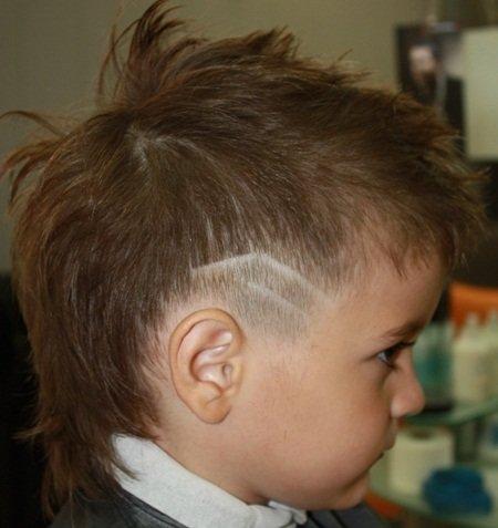 Фото детских стрижек для мальчиков с выбритыми висками