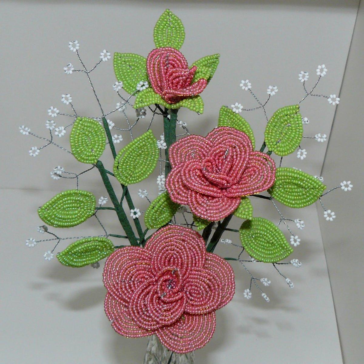 Фото поделок из бисера цветы