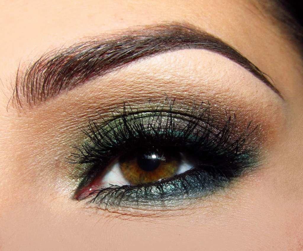 Как сделать макияж смоки айс зеленым