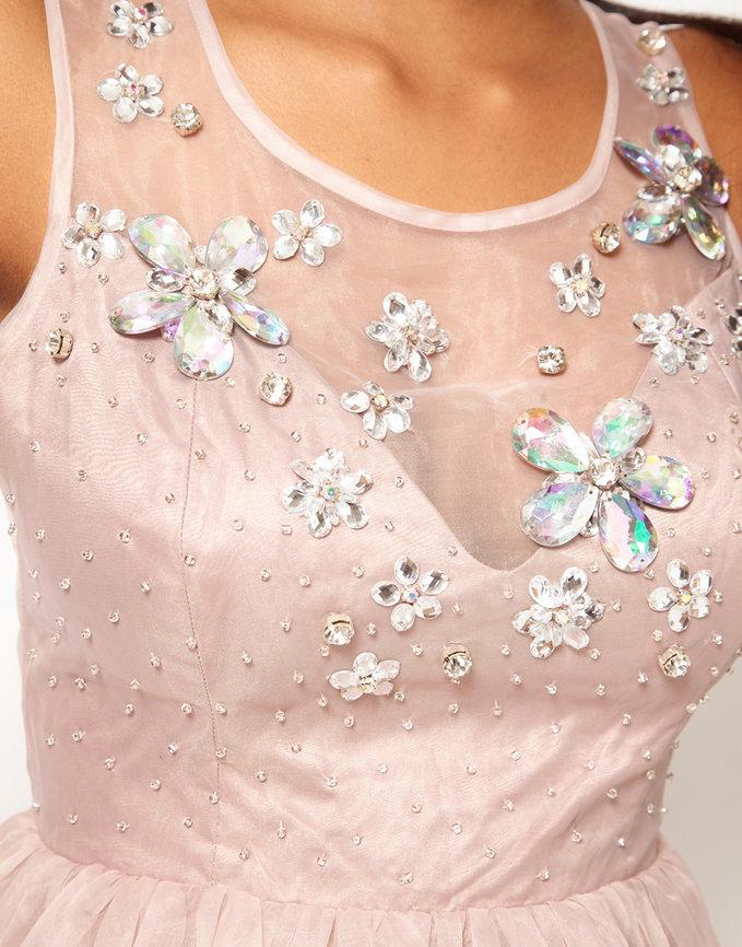 Как своими руками расшить платье бисером
