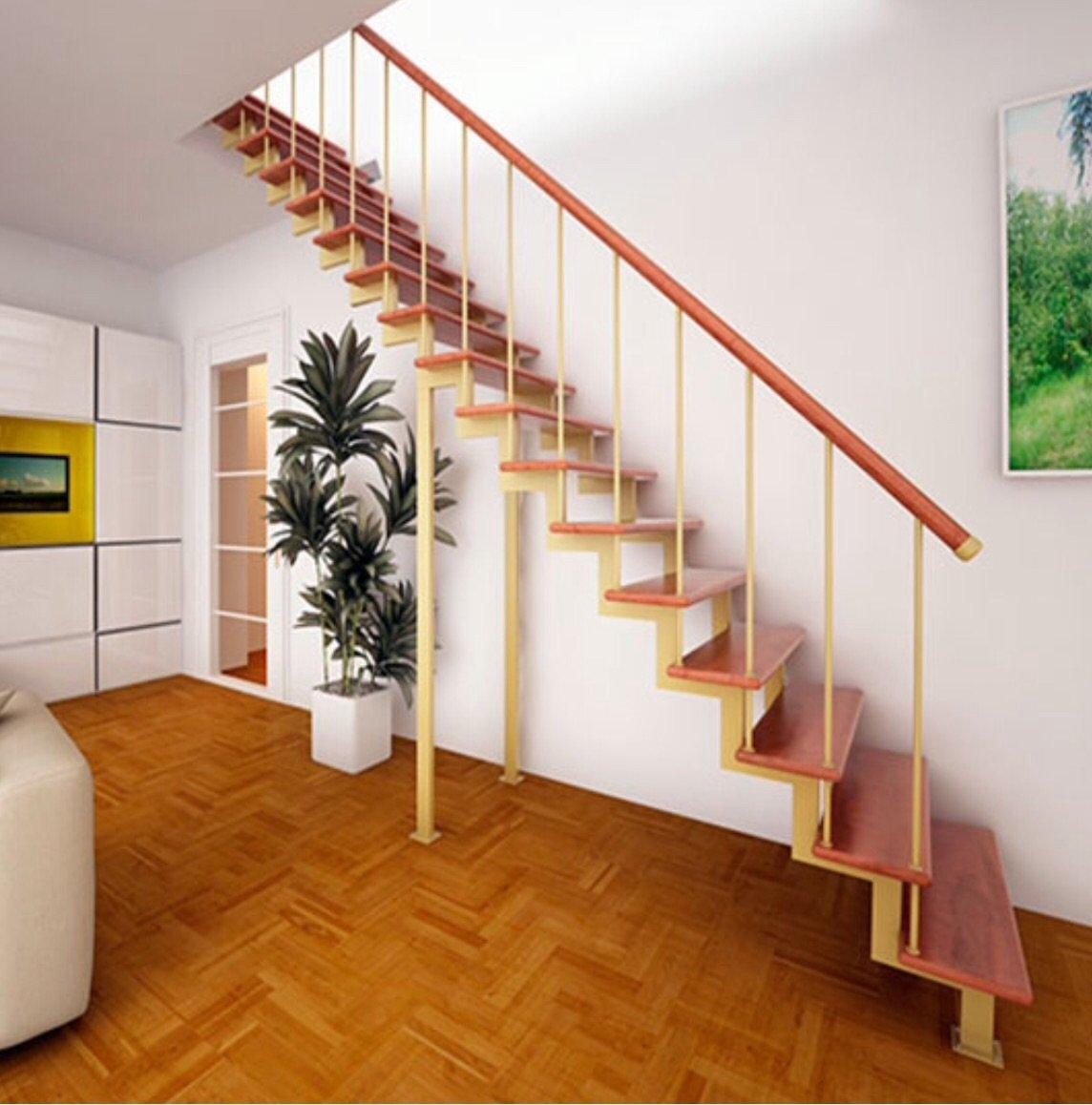 Лестница на второй этаж на одном косоуре