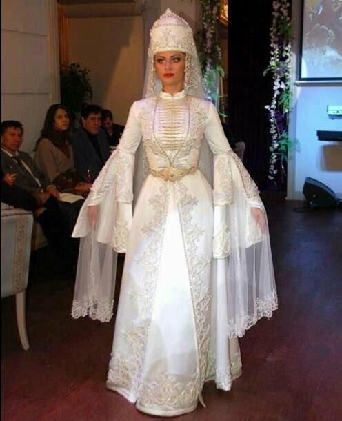 Национальные карачаевские свадебные платья