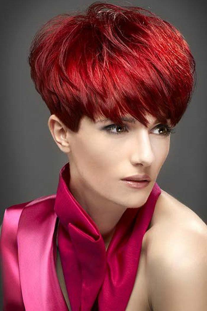 Красный цвет волос на короткую стрижку с