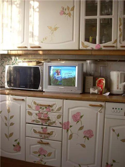 Украсить кухонную мебель своими руками 70
