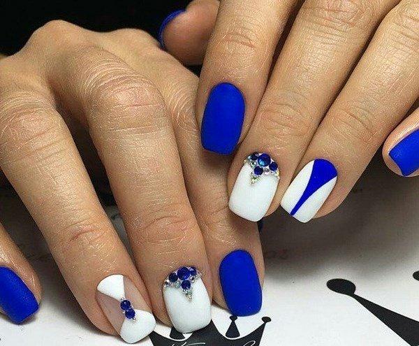 Картинки маникюра в синем цвете