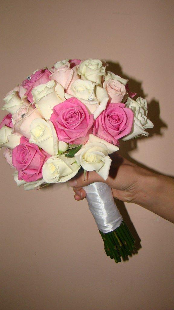 Как сделать букет из роз из живых 528