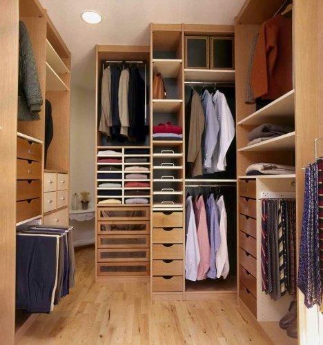 Дизайн маленьких гардеробных с