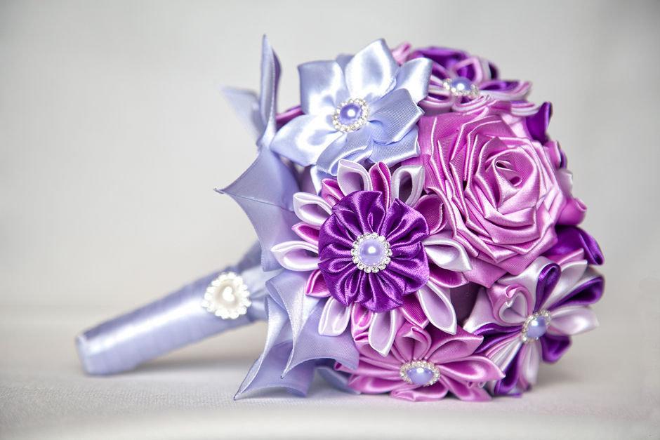 Букет невест из атласных лент своими руками 402