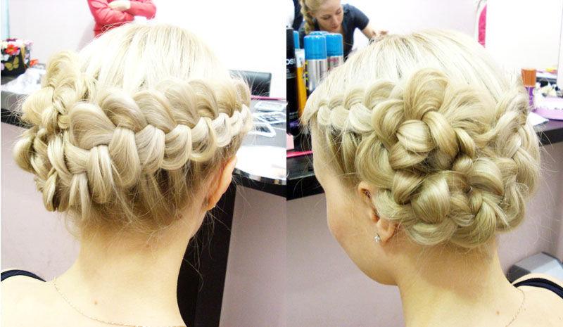 Фото свадебной прически с фатой коса с боку
