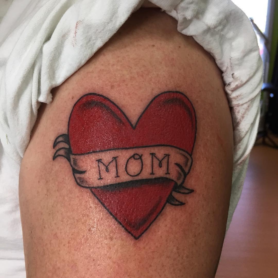 Фото татуировок посвященные детям