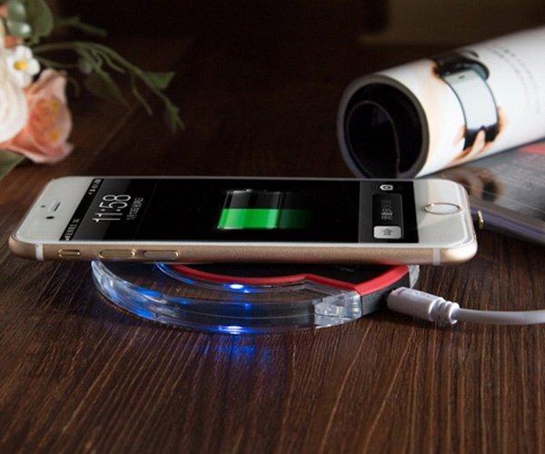 Беспроводная зарядка на телефон