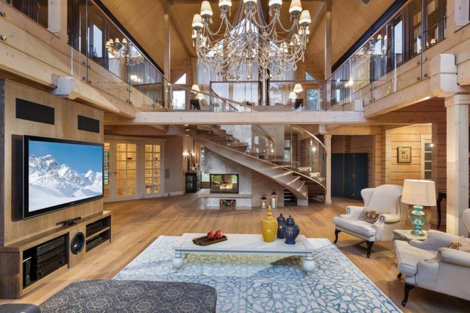 Фото шикарных интерьеров домов и коттеджей в классическом стиле