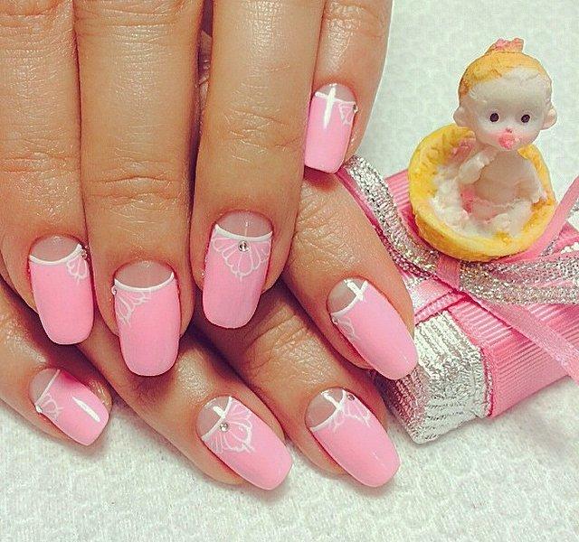 Лунный дизайн на ногтях