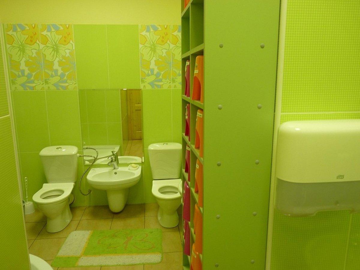 Дизайн интерьер туалета в детском саду фото