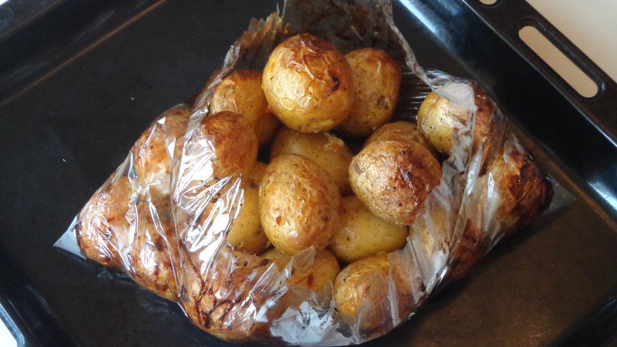 Как сделать картошку в духовке по деревенски рецепт