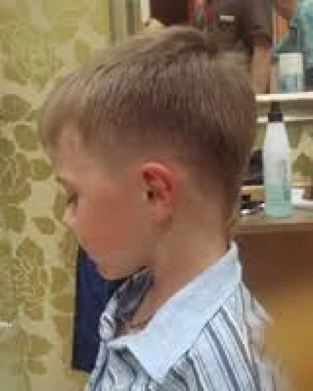 Фото стрижек для мальчиков сзади