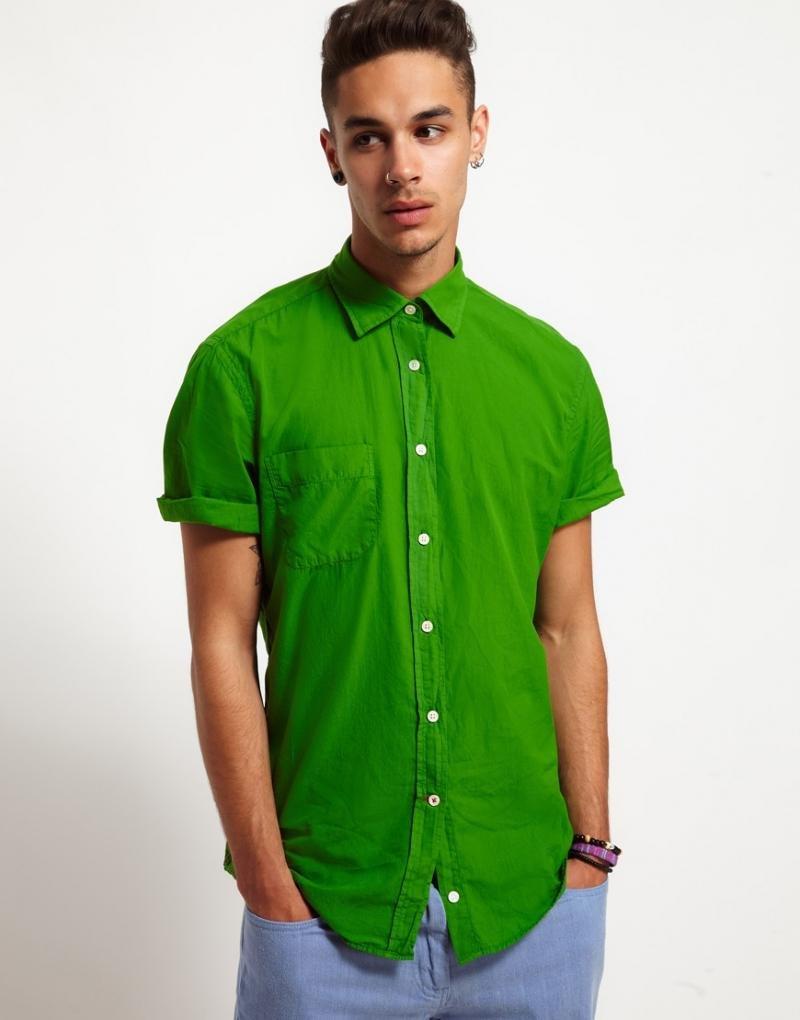 Стильная зеленая рубашка