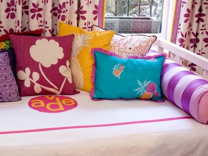 Как в домашних условиях сшить подушки 73
