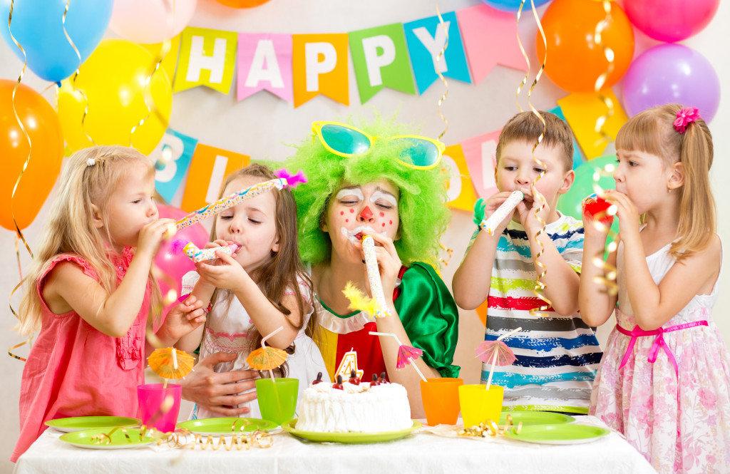 Как день рождение сделать веселым день