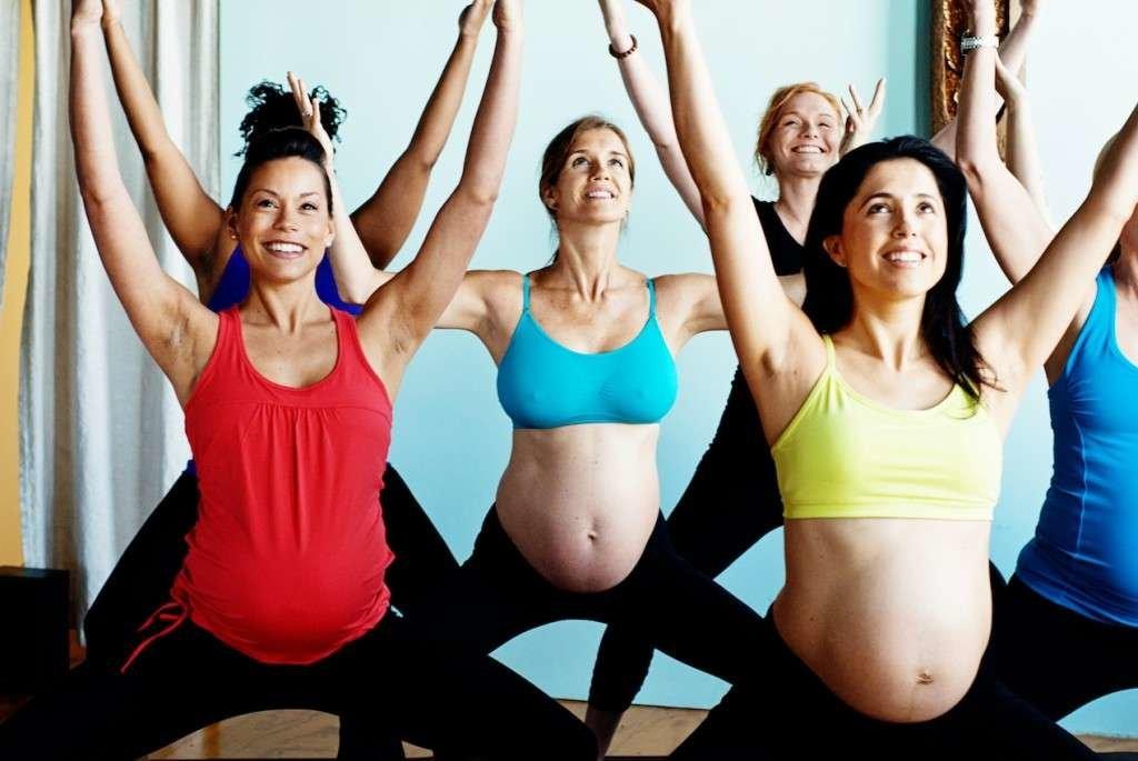 Со скольки месяцев нельзя поднимать руки вверх беременным 11