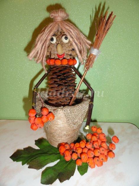 Осенняя поделка в садик своими руками из природного материала