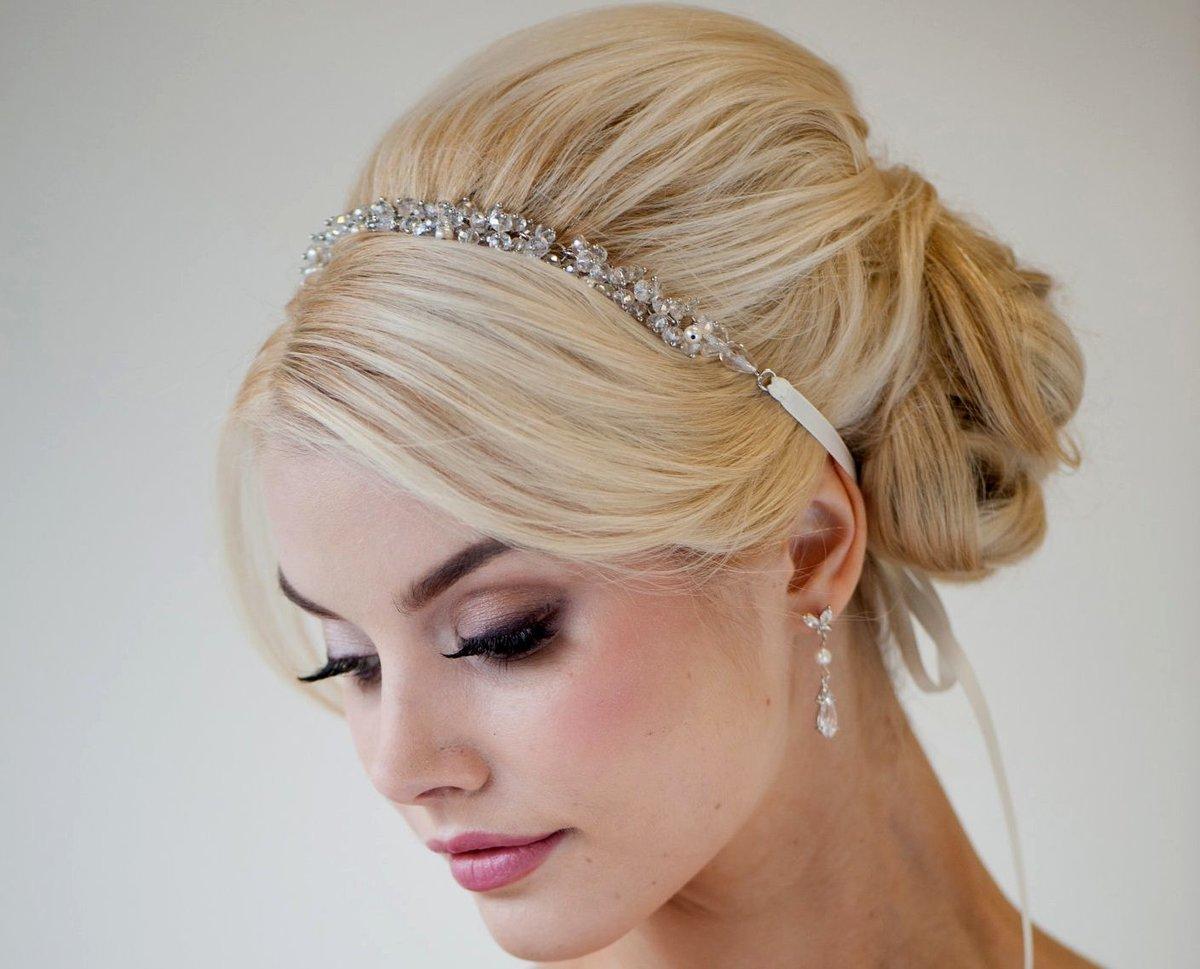 Прически в греческом стиле для невесты