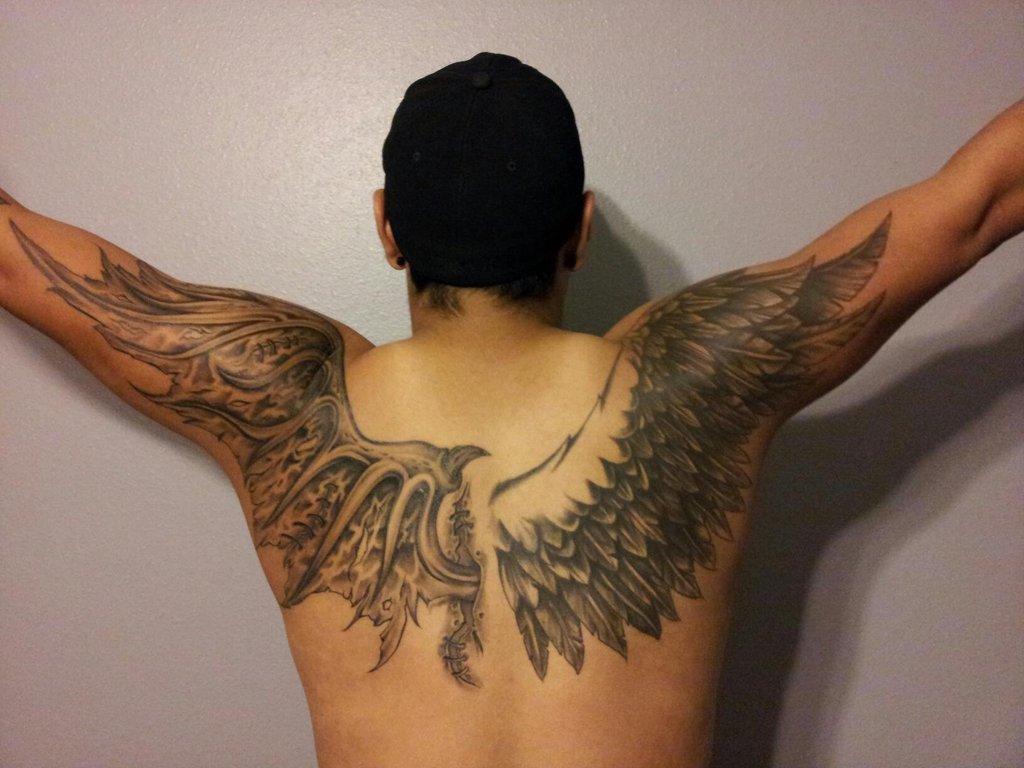 Фото тату на спине у парней