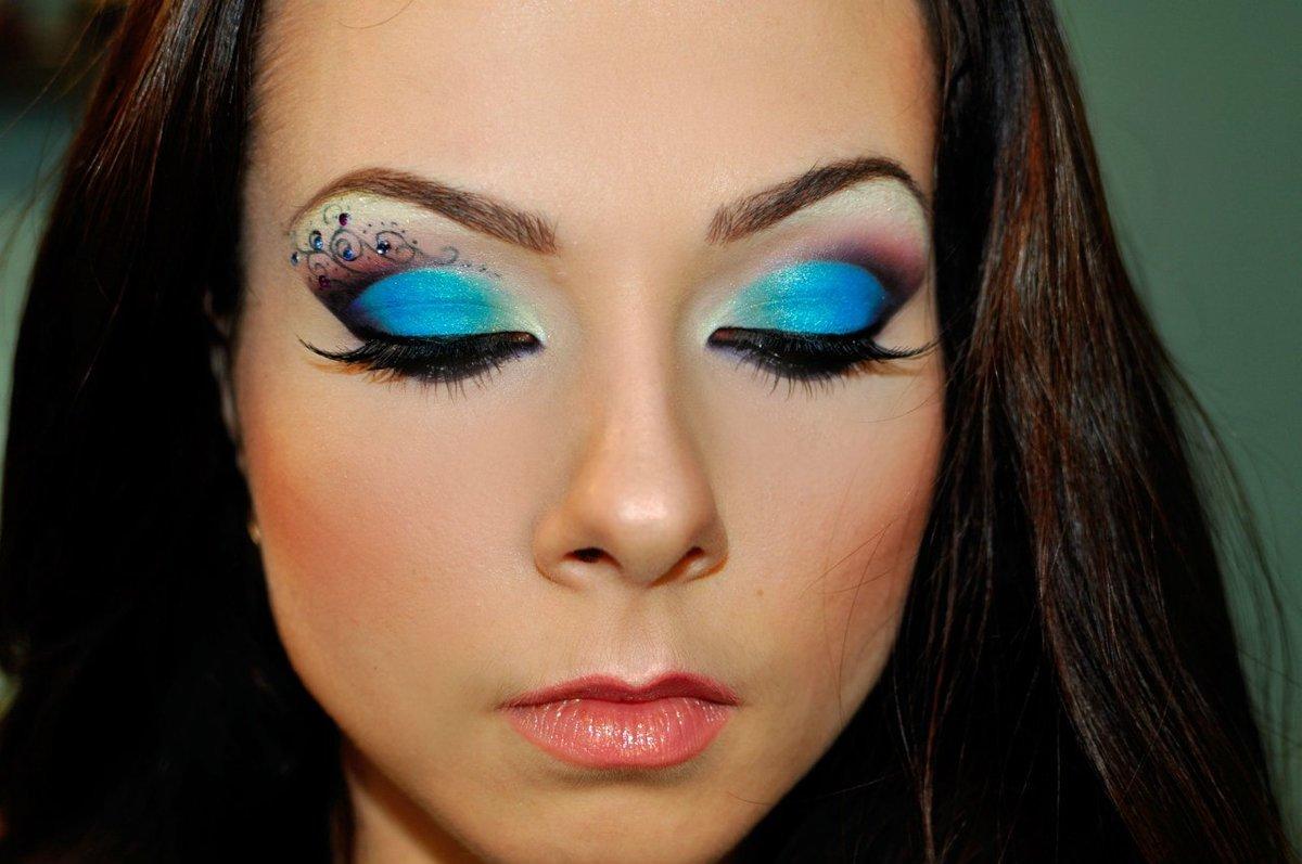 Вечерний макияж смотреть