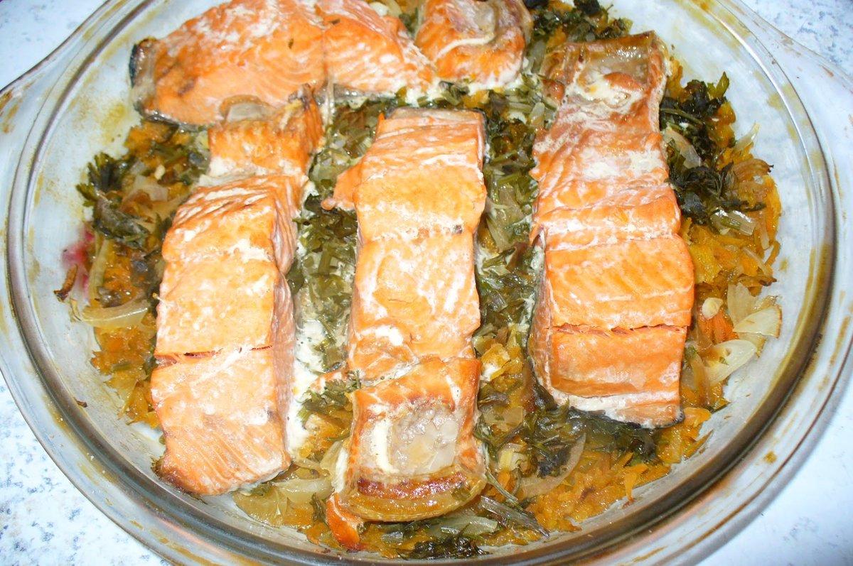 Горбуша запеченная в духовке с овощами фото пошагово