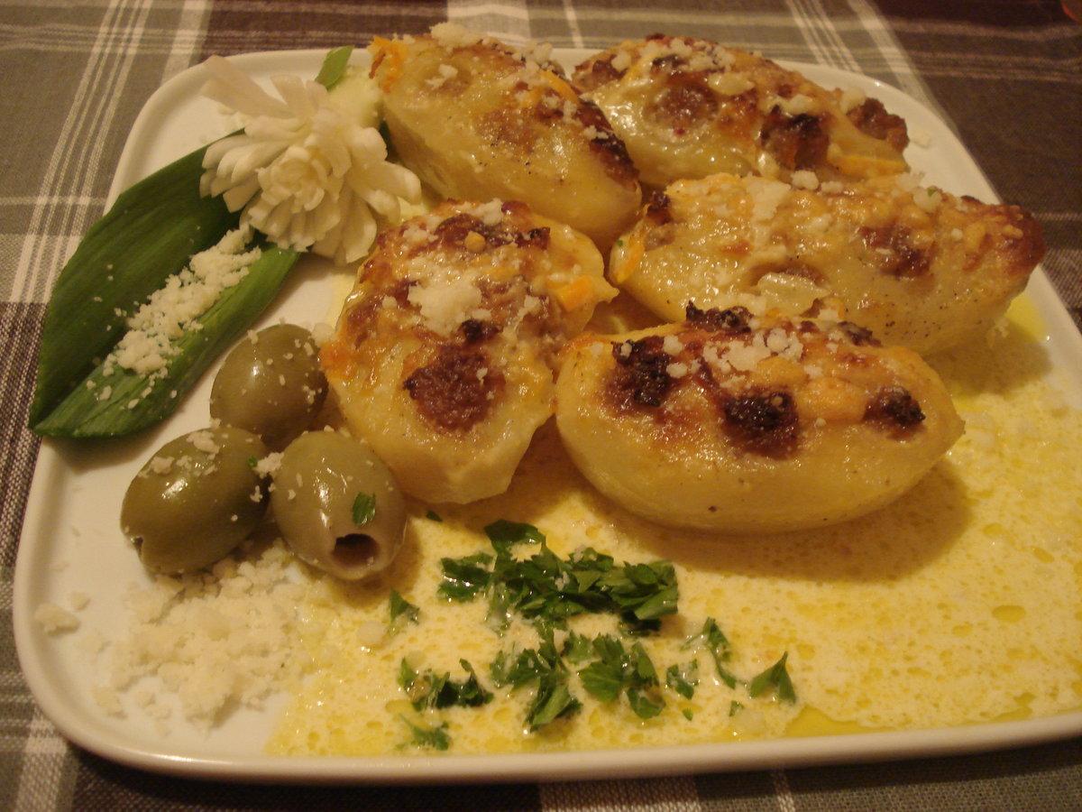 Картофель фаршированный сыром с пошагово