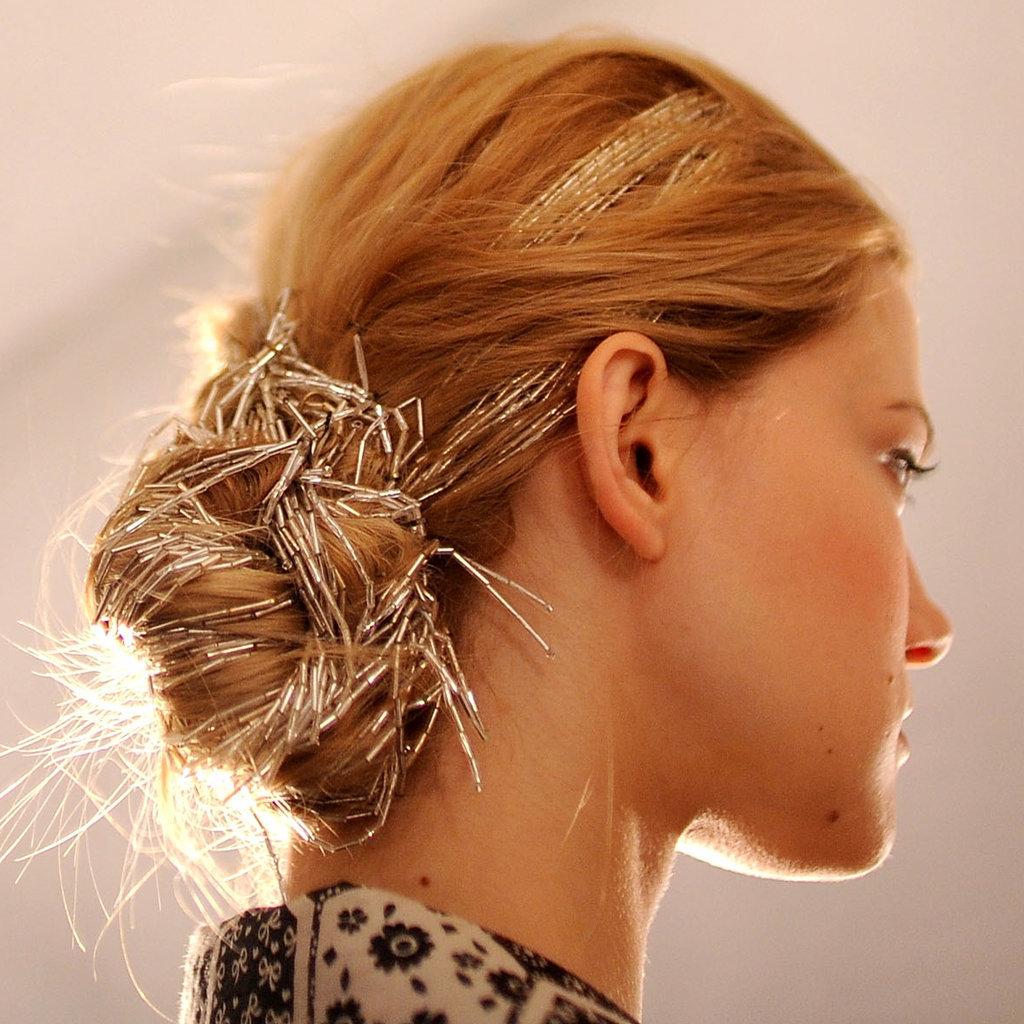 Аксессуары для волос прически