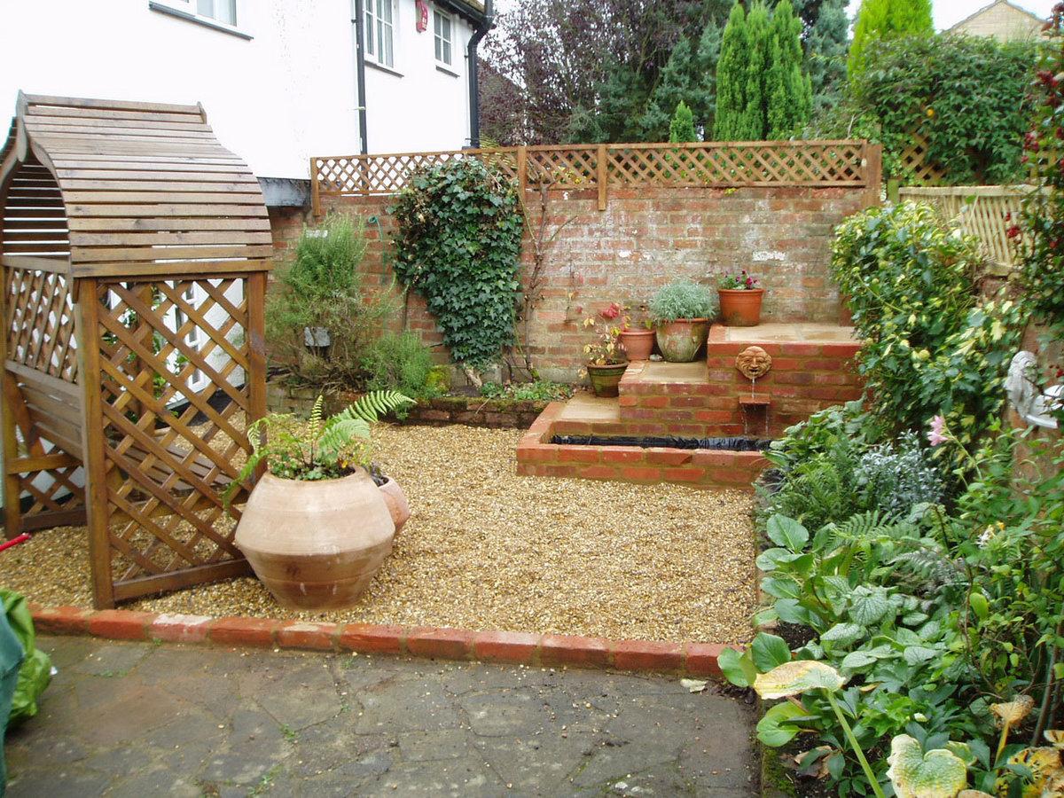 Идеи для дизайна двора в частном доме своими руками 6