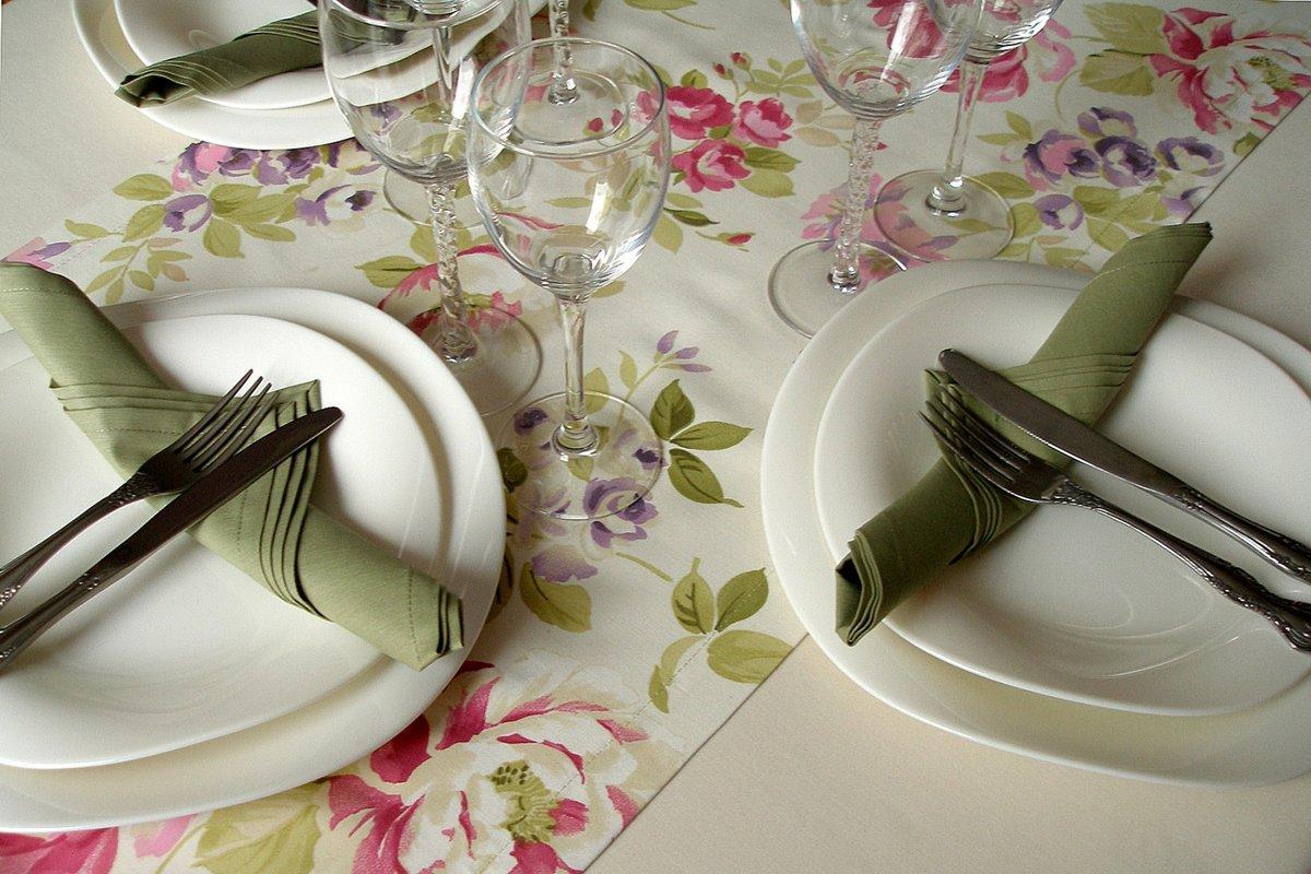 Сшить салфетки для сервировки стола фото
