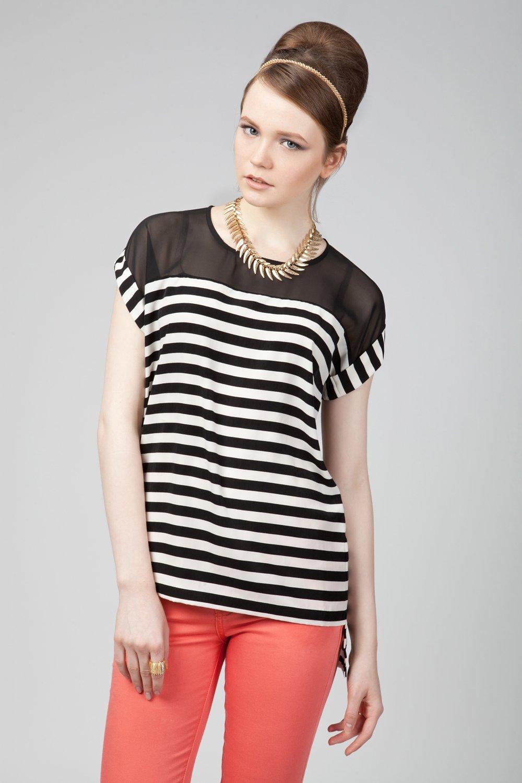 Блузка в полоску фото