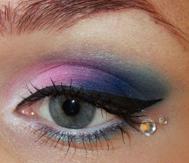 Макияж к голубым-серым глазам вечерний