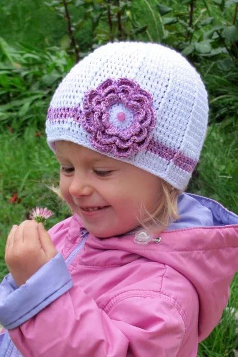 Вязание шапочки весна на девочек 222